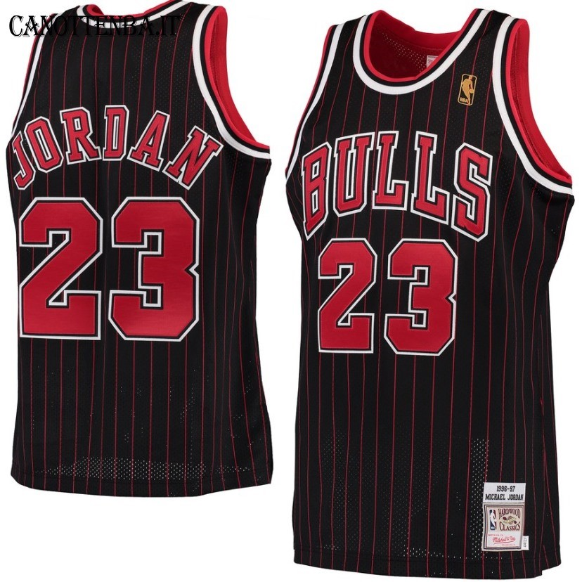 Maglia NBA Chicago Bulls NO.23 Michael Jordan Nero Hardwood Classics 1996-97